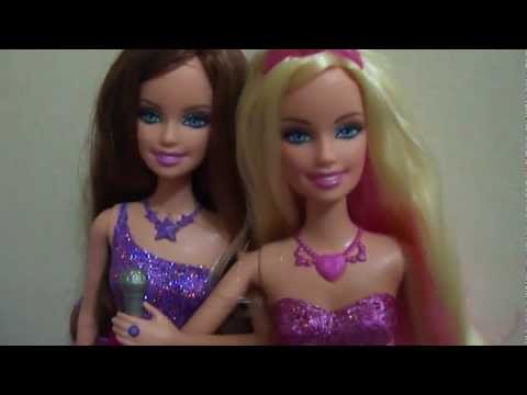 Barbie as The Princess and The Popstar Tori and Keira dolls singing in Portuguese