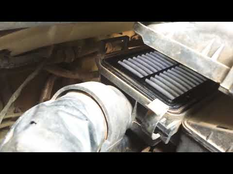 How to clean Engine Air Filter ( Hyundai Grand i10 and Hyundai Xcent ) Kappa Engine 1.2