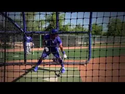 Dodgers' Hector Olivera works out at Camelback Ranch