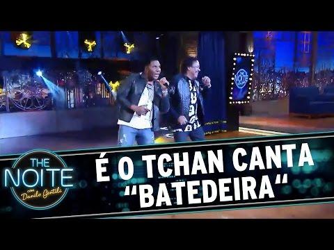 """The Noite (31/08/16) - É o Tchan canta """"Batedeira"""""""