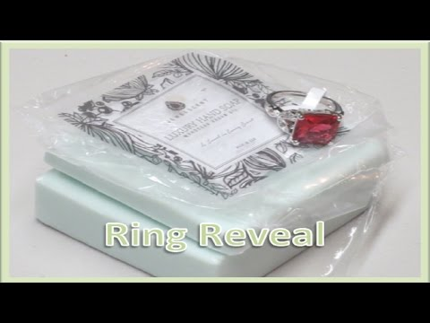 JewelScent - Soap Ring Reveal (Green Tea Eclair)