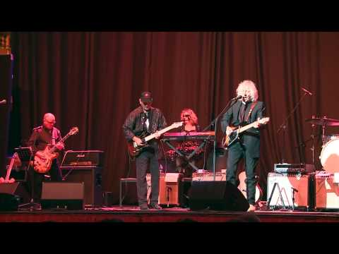 Ready Willing Able - Albert Lee, James Burton & Sue Hedges