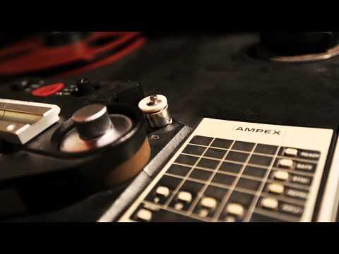 The Engadget Show 43: Music with John Vanderslice, Black Milk, Dan Deacon, David Cope and More!