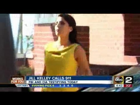 How is Jill Kelly involved in Petraeus scandal?
