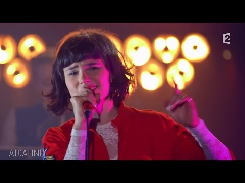 Alcaline, le Mag : The Dø - On My Shoulders en live