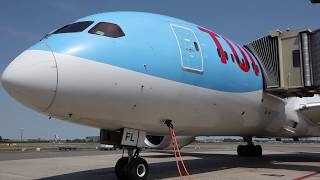 Aircraft visit: TUI fly Boeing 787-8 Dreamliner Deluxe cabin