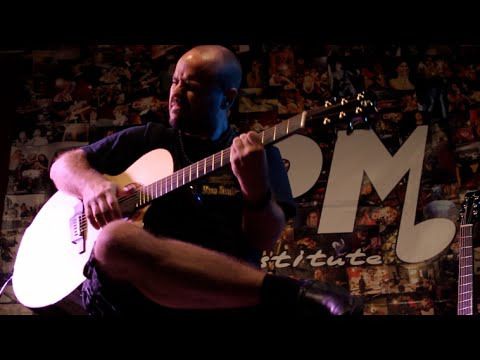 Andy McKee Interview - Drifting (Live @ CPM Music Institute Milan 2015)
