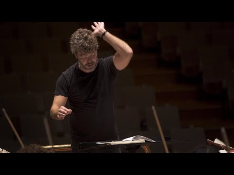 Conductor Pablo Heras-Casado on Mussorgsky's Pictures at an Exhibition