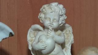 В краеведческом музее открылась выставка ангелочков из частной коллекции