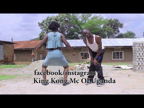 KING KONG MC OF UGANDA & JR URSHER  dancing to LIMIT by FATTA   New Ugandan Comedy 2017