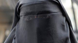 معلمة سعودية مطلقة هربت إلى داعش وتعلن أنها ستقوم بعملية انتحارية