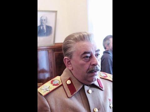 Игорь Гузун в роли И. Сталина в фильме  Покер 45  Сталин, Черчилль, Рузвельт .