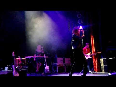 BØRNS - Past Lives - LIVE - The Gothic Theater - Denver - 5/9/2016