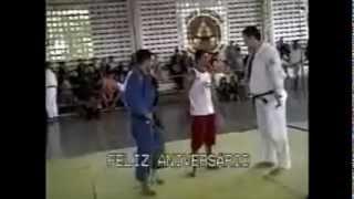 Jiu-Jitsu nunca subestime o seu adversário pelo tamanho sabe porque ?