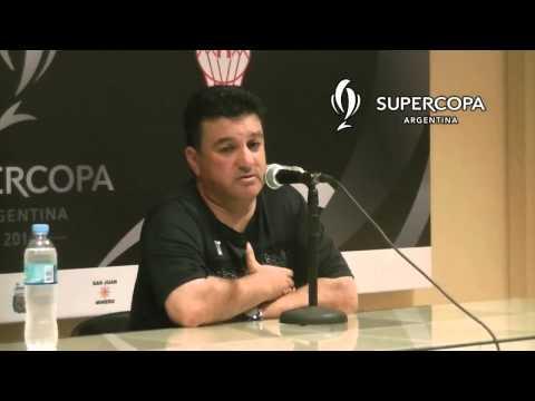 Néstor Apuzzo - entrenador de Huracán