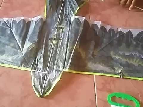 Layang-layang burung elang (pin bbm:5a1dd056)