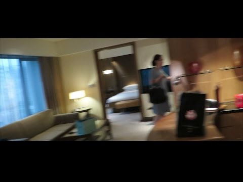 Hyatt Singapore Suit room PARTY!!!