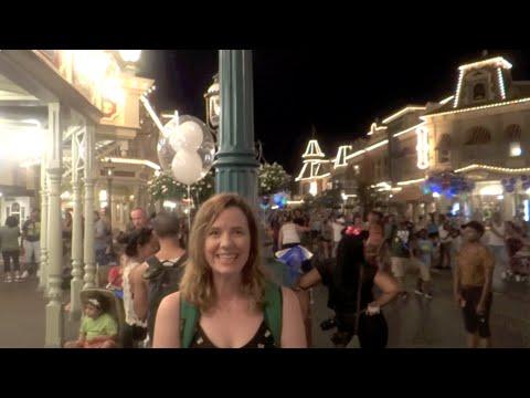 Walt Disney World Vacation August 2015: Day 1 Part 4 - Magic Kingdom (Episode 176)