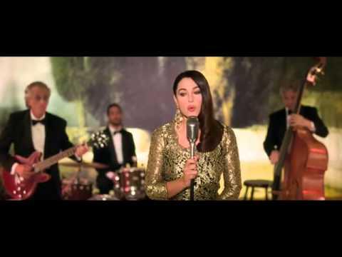 Monica Bellucci viva la vida | Doovi Monica Bellucci Sing