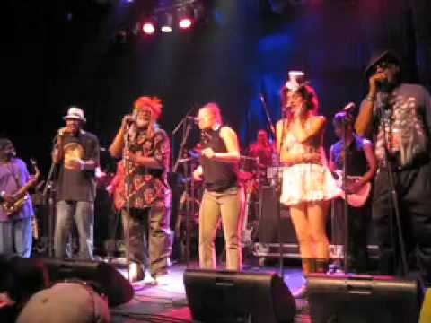 george clinton parliament funkadelic we want the funk live in toronto 07 19 09 youtube. Black Bedroom Furniture Sets. Home Design Ideas