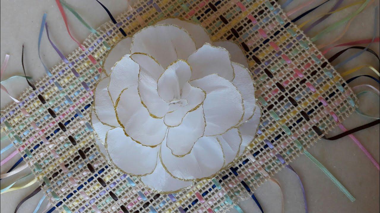 Diy Rosa Branca De Papel Crepom Com Contorno Dourado Flor De Papel Crepom
