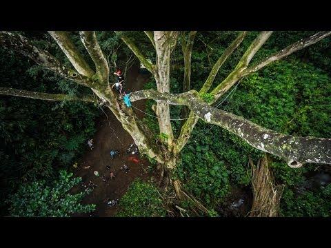 Epic Rope Swing - Hawaii