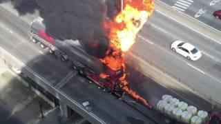 Explosion d'un camion citerne - tentative de sauvetage - version longue HD
