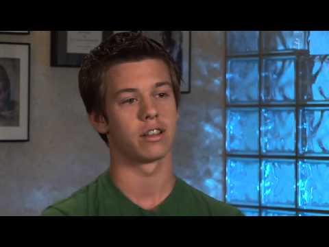 dr-rebecca-falsafi-orthodontics---invisalign-teen-christopher