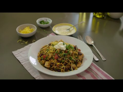How to Make Hearty Chicken Chili & Rice | An Original Knorr® Recipe