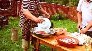 Carnati la topor - reteta Bucovina