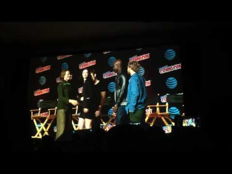 Marvel Defenders announce villain onstage NYCC 2016 (Daredevil, Jessica Jones, Luke Cage, Iron Fist)