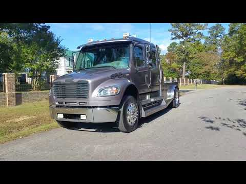2007 Freightliner M2 Business Class Sport Chassis