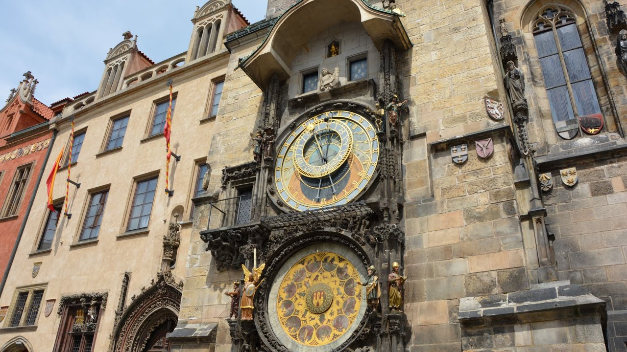 Prague Astronomical Clock-27 Seconds of Awesomeness!