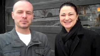 A chat with Jennifer Knapp and Derek Webb (2010)