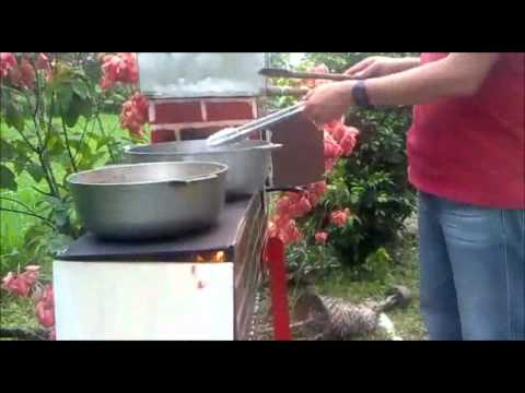 Salvabosque la cocina de le a que no contamina doovi for Cocina ecologica de lena
