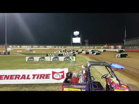 Lucas Oil speedway 2018 Diamond Nationals 4-wide salute to the fans!