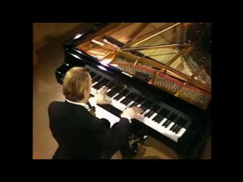 Arturo Benedetti Michelangeli - Beethoven - Piano Sonata No 3 in C major, Op 2