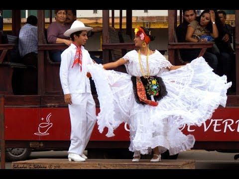 El Colás. Baile Folcklorico Del Estado De  Veracruz, México.
