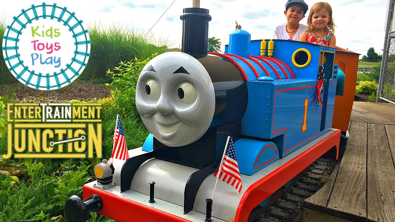 EnterTRAINment Junction Highlights | Kids Toys Play