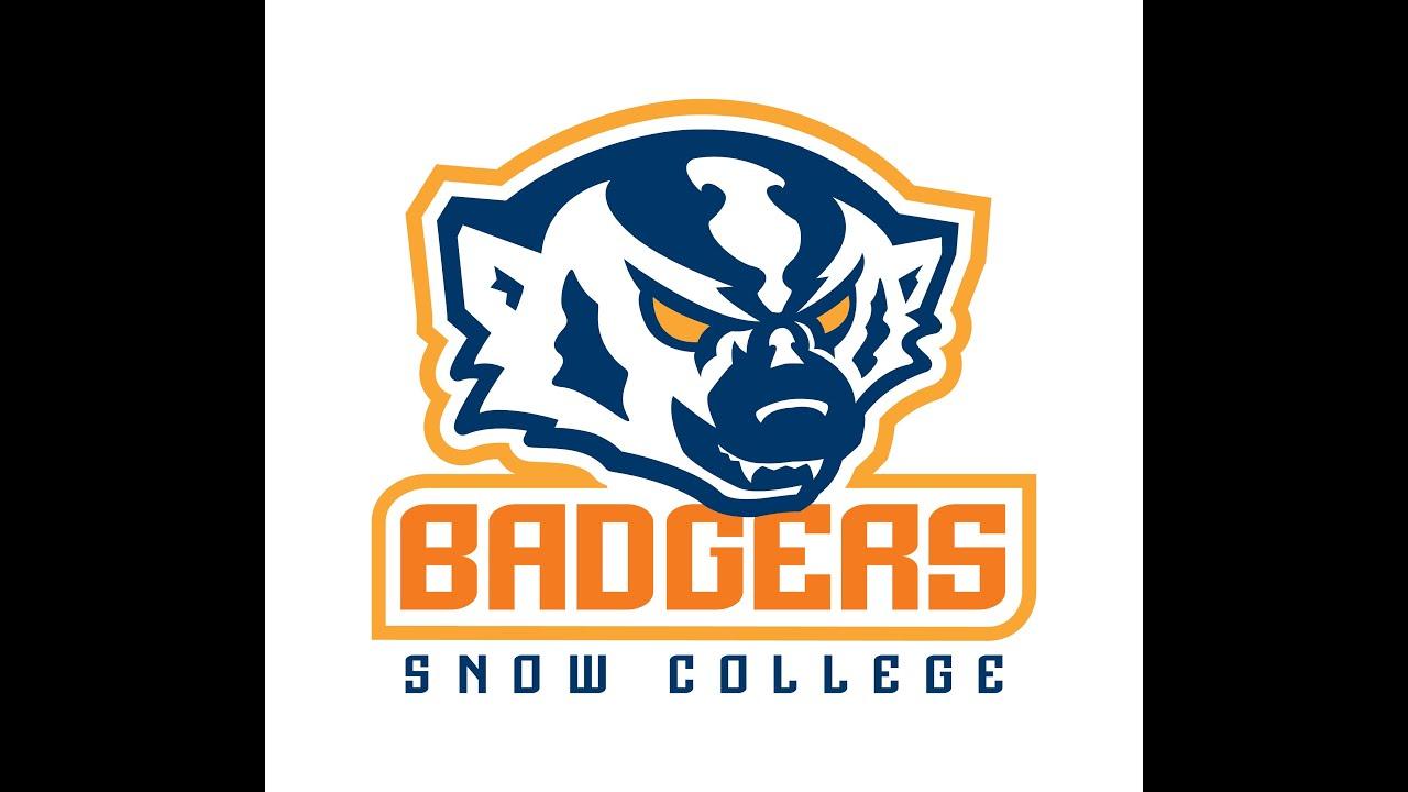 Snow College Football vs. Mesa Community College - YouTube