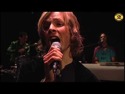 "Beck ""Debra"" live 1999 