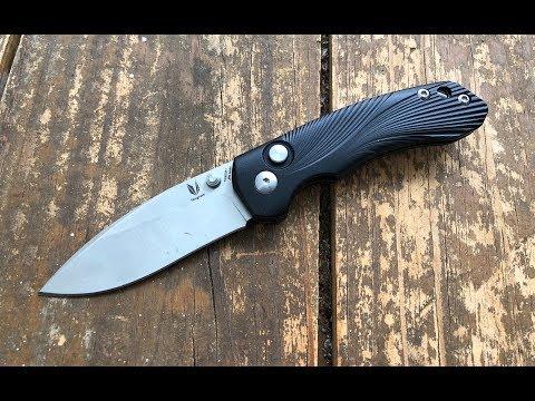The Tangram Knives Vector Pocketknife: The...