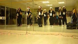 Funky Funky Xmas- Christmas Tree Lady Gaga simple class choreo...for