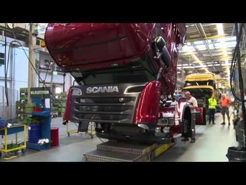 Scania Legend 2013: Watch a Scania R 730 V8 Streamline come to life - Ржачные видео приколы