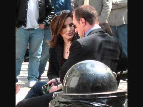 Mariska H. (Liv) & Chris M. (Elliot) ♥.wmv