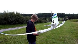 Ersterflug mit meinem neuen Parkzone Radian RTF Flieger!!!...
