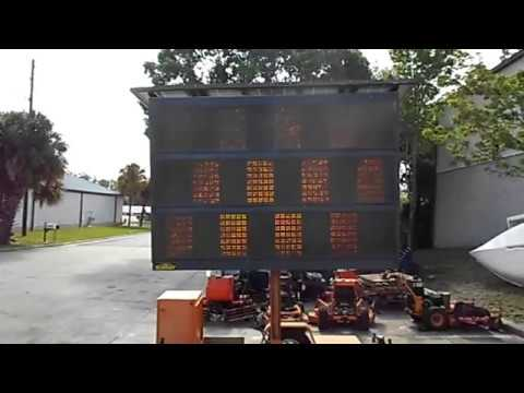 Sunray Display Solution Solar Powered LED Sign