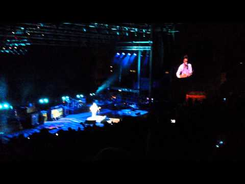 "John Mayer @ Red Rocks, Singing ""Stop This Train"" And Introducing His Father"
