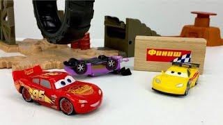 СУПЕРГОНКА: Буст и Джефф! #Машинки из мультика Тачки #ИгрыДляМальчиков Юра и #Маквин