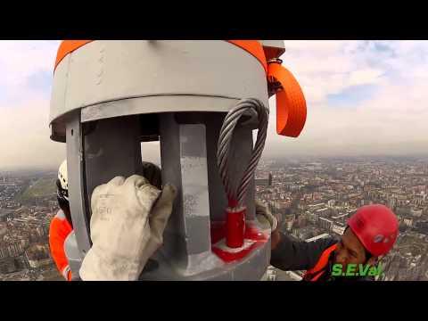 SEVal Group: Montaggio antenna su Torre Isozaki (Video Completo)